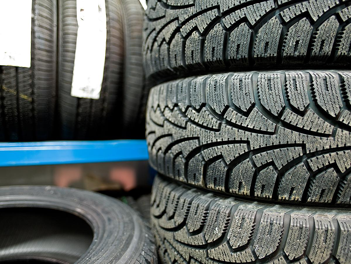 Tires for contractor trucks